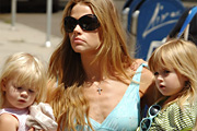 Denise Richards sperma háborúja