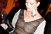 Kate Moss cicit villantott