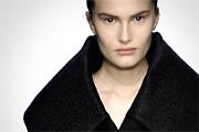 Gyászhuszárok Calvin Klein bemutatóján