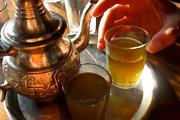 Dzseki és cipő is készülhet teából