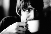 A kávé és a tea csökkentheti egyes agytumorok kockázatát