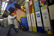 Újból ledől a berlini fal