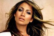 Jennifer Lopez Louboutinnek hízeleg