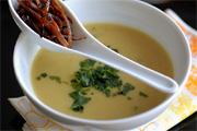 Vöröslencse krémleves wokzöldséggel
