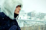 Nagyvárosi életveszély: havas utcák, jégcsapok