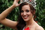 Nem kell vetkőzniük a Miss England versenyzőinek