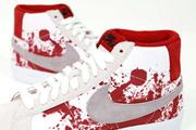 Horror a lábon: az edzőcipőkön már itt a világvége
