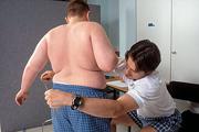 Gyomorgyűrűt adna a túlsúlyos gyerekeknek egy orvos