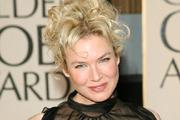 Renée Zellweger hűséges kedvenc divattervezőjéhez