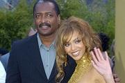 Beyoncé kirúgta az apját