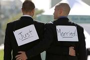 Két férfi hét esküvője