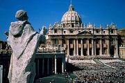 Pedofília vádjával perlik a Vatikánt