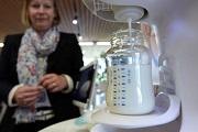 Anyatej-automatát dob piacra a Nestlé