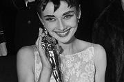 Audrey Hepburn ikonikus ruhája kalapács alatt