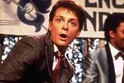 Michael J. Fox-ot nem állítja meg a Parkinson