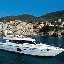www.ferretti-yachts.com