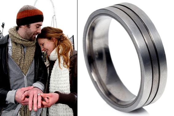 www.jewelry.com, www.weddingrings-direct.com